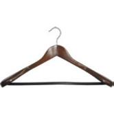 Вешалка для одежды деревянная