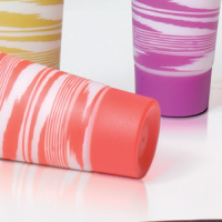 Крышка для туб пластмассовая цветная